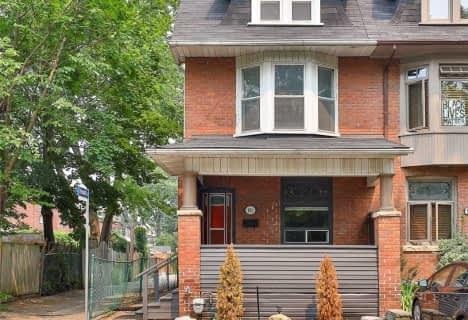 881 Manning Avenue, Toronto