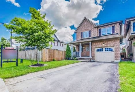 35 Donlevy Crescent, Whitby