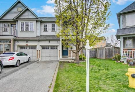 71 Aldonschool Court, Ajax