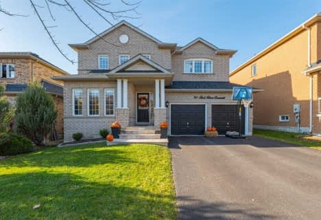 91 Red River Crescent, Newmarket