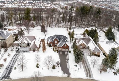 413 Coventry Hill Trail, Newmarket