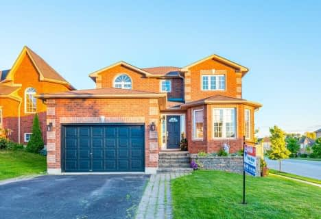 13 Fenchurch Manor, Barrie