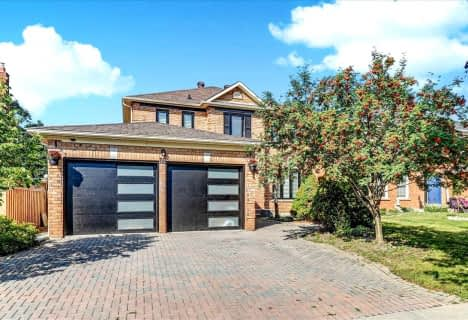 18 Grand Forest Drive, Barrie